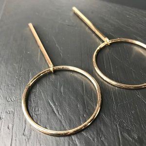 "CLOSET REHAB Jewelry - Gold ""O"" Drop Earring"